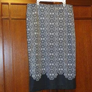 New York & Company ladies pencil skirt - sz 6